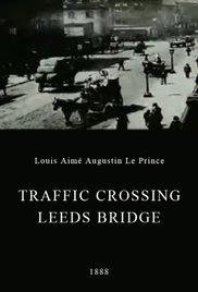 Foto de Traffic Crossing Leeds Bridge (1888) – Crítica