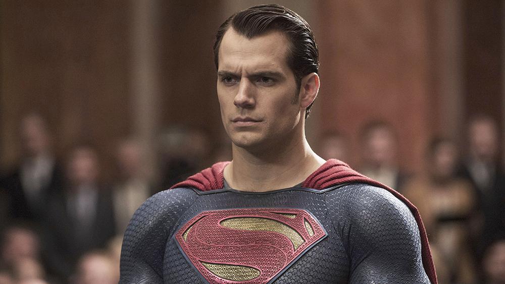 Foto de Futuro de Henry Cavill como SUPERMAN em Dúvida, Warner Bros se Focando em SUPERGIRL