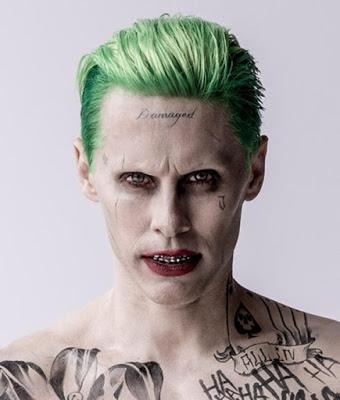 Foto de Diretor de ESQUADRÃO SUICIDA Se Desculpa Pela Tatuagem de 'DAMAGED' (DANIFICADO) do CORINGA