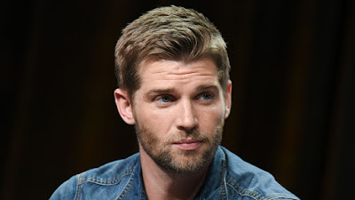 Foto de Mike Vogel Entra para o Elenco no Piloto TRIANGLE da ABC