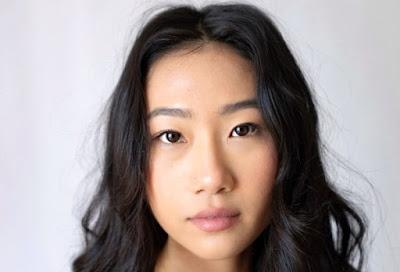 Foto de Piloto do Reboot de KUNG FU na CW Lança Olivia Liang no Papel Principal
